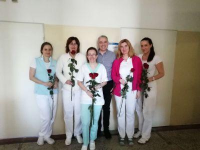 Vedenie zlatomoraveckej nemocnice si uctilo sviatok všetkých žien