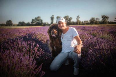 Vedúcou sestrou v nemocnici AGEL Zlaté Moravce je muž. V práci sa venuje pacientom, vo voľnom čase novofunlandským psom.